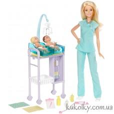 Кукла Барби доктор педиатр с новорожденными детками (Barbie Careers Baby Doctor Playset)