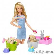 Кукла Барби играй и купай питомцев со щенком, котенком и кроликом (Barbie Play 'N' Wash Pets Doll)