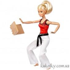 Кукла Барби блонинка двигайся как я каратистка