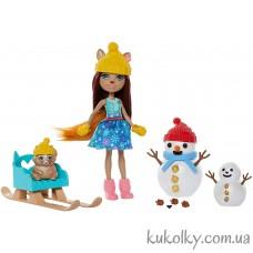 кукла Энчантималс белка Шарлота и снеговик (Enchantimals Snowman Face-Off with Sharlotte Squirrel)