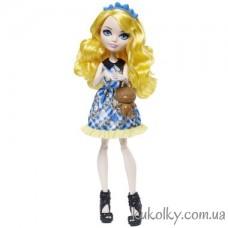 Куколка Блонди Локс из серии Зачарованный пикник