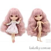Айси с розовыми волосами