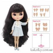 Айси с темными баклажановыми волосами