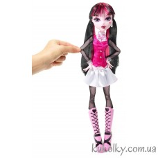 Кукла Monster High 17 Large Draculaura Doll