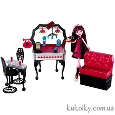 Куколка Draculaura Playset and Doll Die-Ner