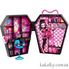 Кукла Монстер Хай Дракулаура со шкафом Дракулокер