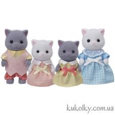 Набор Семья персидских котов Сильвания Фемилис (Sylvanian Families Persian Cat Family)
